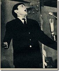 "Raimon, cantante cívico (""La crisis de la Nova Cançó"", Luis Carandell: www.triunfodigital.com)"