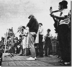 Festival del Parc de la Ciutadella. Maig del 67. En Xesco, a la dreta, Jaume Arnella al centre