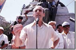 6-el-jesuita-ignacio-ellacuria-habla-en-un-acto-ecumenico-san-salvador-marzo-de-1989-foto-gervasio-sanchez