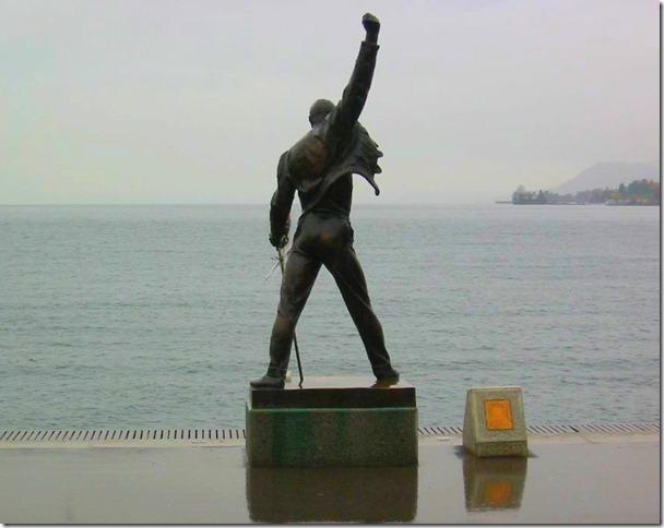 Estatua en el Lago Lemán