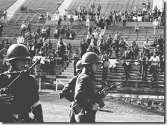 El Estadio de Chile, en donde moriría asesinado Víctor Jara junto a muchos, convertido en campo de exterminio