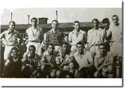 Equipo de fútbol formado por los prisioneros de Mauthausen