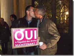 besos-homofobia-ciudades-francia-apoyo-matrimonio_2_1465230