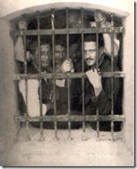 Hikmet en prisión