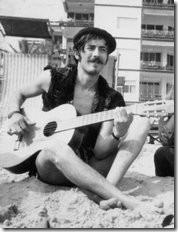 Antonio Piera, miembro de Las Madres del Cordero (http://malablancayenbotella.blogspot.com/)