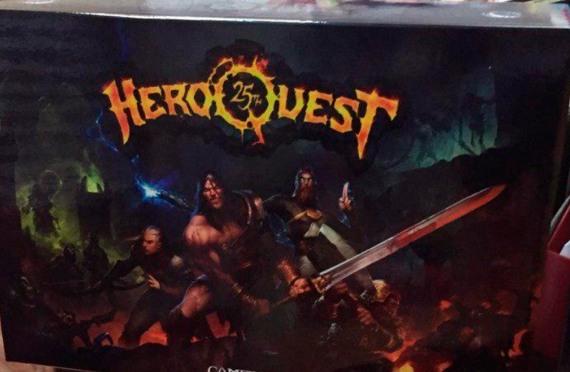 HEROQUEST-25-Caja-del-juego