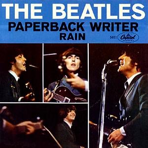 Portada del sencillo de The Beatles, con las canciones 'Rain' y 'Paperback writer' (1966)